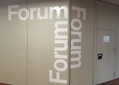 Eingang Forum