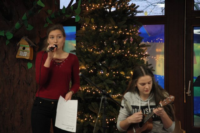 Julia und Sophie 06.12. open stage